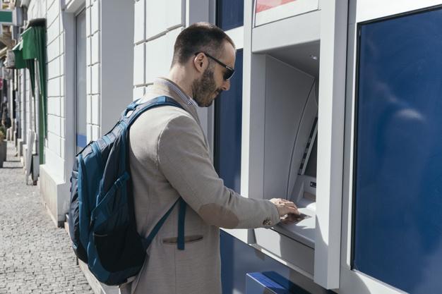 Wypłata z bankomatu bez karty